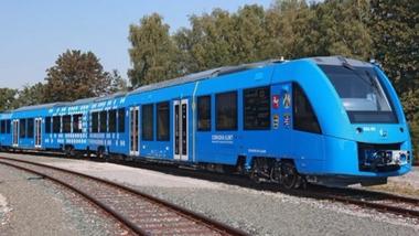 只排放水 德国氢动力火车即将上线