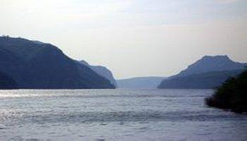 津渡平面�_临津渡是黄河上游一个非常古老而有名的渡口,也