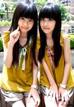 从大陆红回台湾的双胞胎小美女