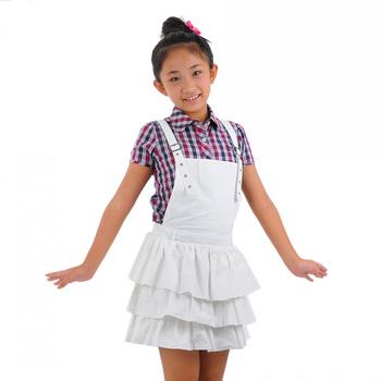 女童吊带裙 高清图片