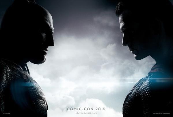 《蝙蝠侠大战超人》新曝海报预告 神奇女侠正式亮相 对决大场面震撼首现