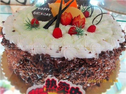 10寸欧式水果蛋糕1个,约10英寸