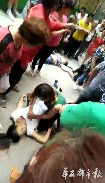 【转】北京时间       高中女生与母亲发生争执后跳楼 砸死过路行人 - 妙康居士 - 妙康居士~晴樵雪读的博客