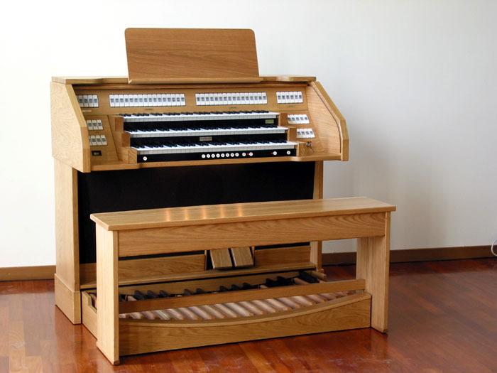 演奏音符的工具,也是我们与电子管风琴进行交流的第图片