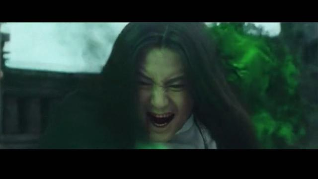 《万万没想到》大电影中,马天宇饰演的谦谦君子由于被心魔所困,转而图片