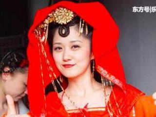 """""""没钱就去中国""""的张娜拉合作杨颖拍戏被剪光,网友:杨颖我赞你"""