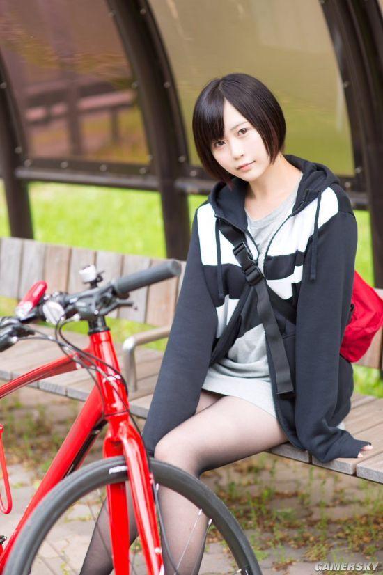 日本短发高中生萌妹子 中性风+肉感身材很带感