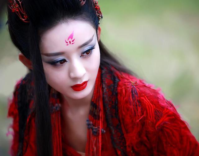 红衣凤九手绘 壁纸