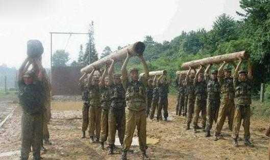 这些照片告诉你,任何赞美都无法形容中国军人