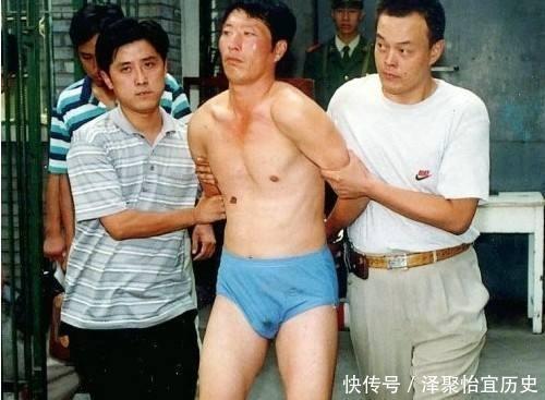 泳衣白宝山本应蹲4年苦窑,后被揭发偷3美女玉性感悍匪图动漫书包