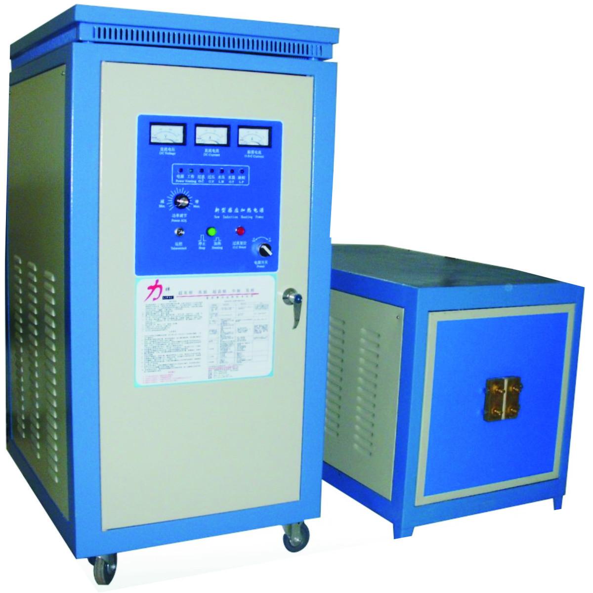 高频炉,全称高频感应炉,是感应炉的一种。 高频炉的加热方式是通过电子管振荡电路产生高频电磁场,然后加到样品之上,对样品进行感应,产生涡电流(涡流),从而产生焦耳热,使样品迅速升温熔化,所以称为高频感应炉。 高频炉是目前对金属材料加热效率最高、速度最快,低耗节能环保型的感应加热设备。 高频炉,又名高频加热机、高频感应加热设备、高频感应加热装置、高频加热电源、高频电源、高频电炉。高频焊接机、高周波感应加热机、高周波感应加热器(焊接器)等,另外还有中频感应加热设备、超高频感应加热设备等。应用范围十分广泛。现在