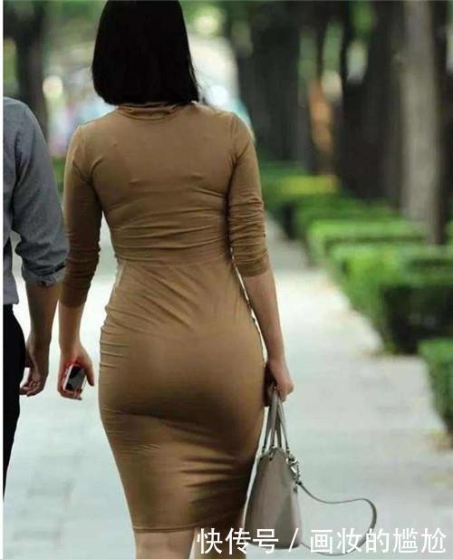 路人街拍,迷人性感的美女,高弹力的腰带百搭显瘦