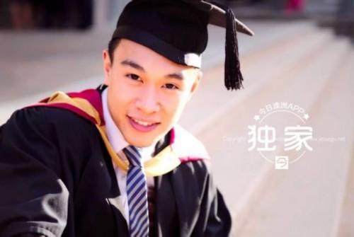 中国留学生学霸毕业典礼侧手翻走红