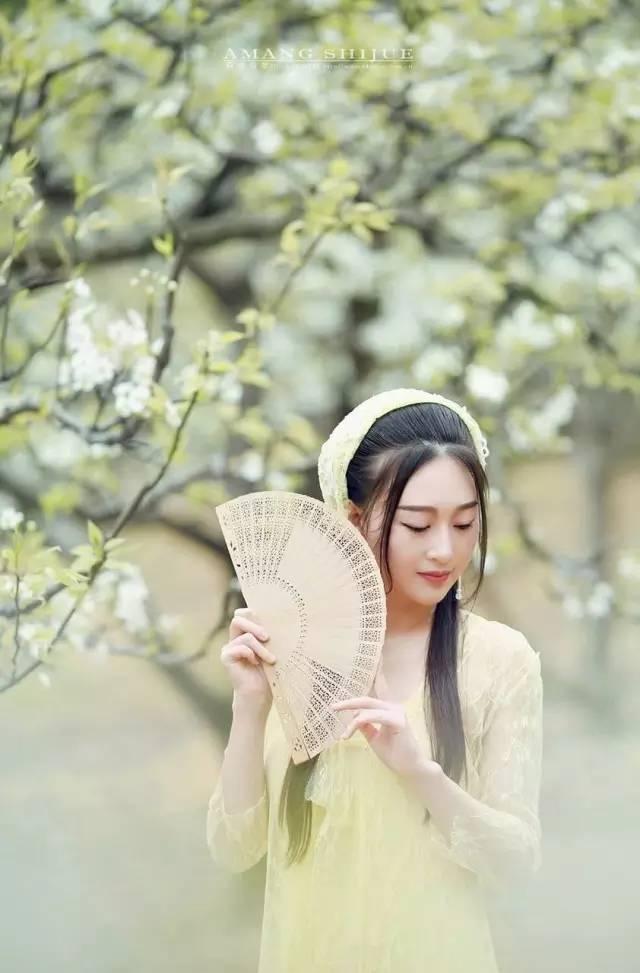 4584,诉说多少爱与恨(原创) - 春风化雨 - 春风化雨的博客