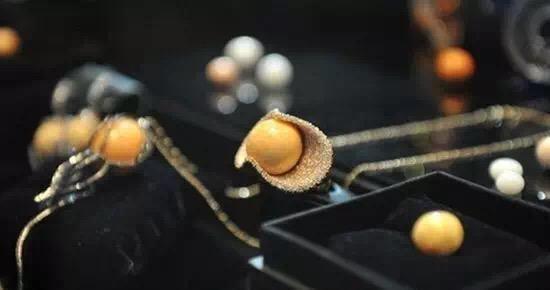 渔民捞个海螺当午饭:发现稀有大珍珠 - 一统江山 - 一统江山的博客