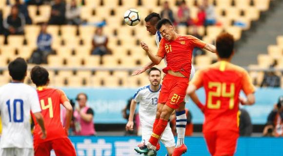 国足0:1不敌乌兹别克斯坦 中国杯排名垫底