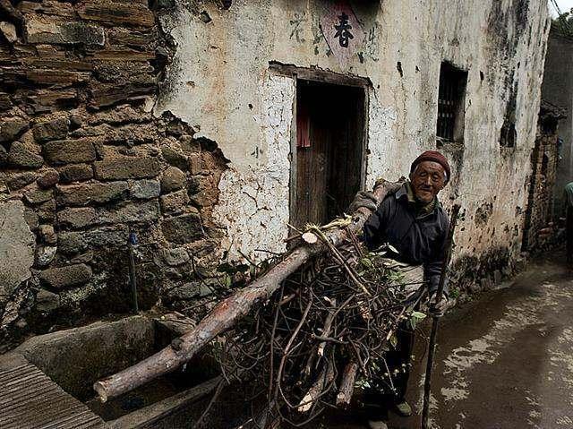 农村老人的晚年生活,活到老,苦到老 - 一同博 - 一同博DE空间