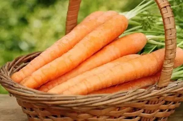 """自带""""长寿基因""""的10佳食物,爱不爱都多吃点! - 故乡的云 - 泉水叮咚"""