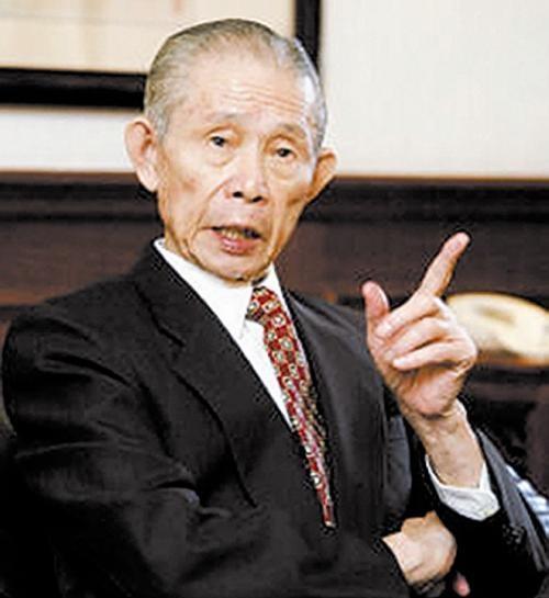 他是华人首富,买美国1亿平方米土地送给中国人,给内地投资千亿