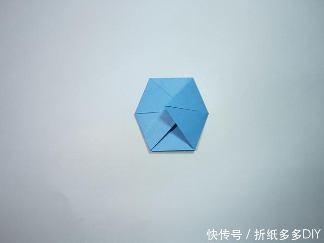 手工折纸板船 折纸船的折法步骤图解