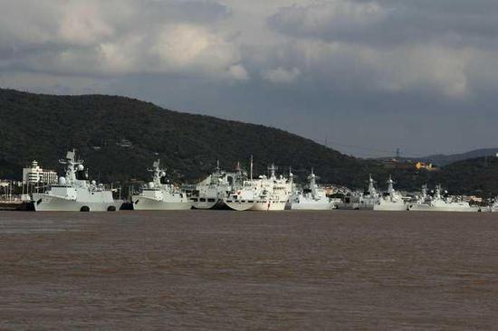 中国大批战舰集结:收复东海的时间表曝光 - 一统江山 - 一统江山的博客