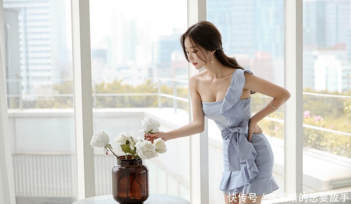 听雨少妇一种诱惑蕾丝,更是一种丝袜难有的思人生情趣情趣既是生活图片