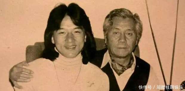 成龙的父亲当年曾是军统特工,因行动失误,被戴笠开除