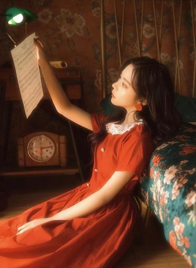 """女神都爱的法式风,浪漫在于""""纽扣""""?信不信谁穿谁美"""