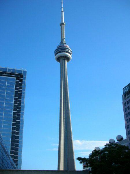 cn电视塔,即加拿大国家电视塔