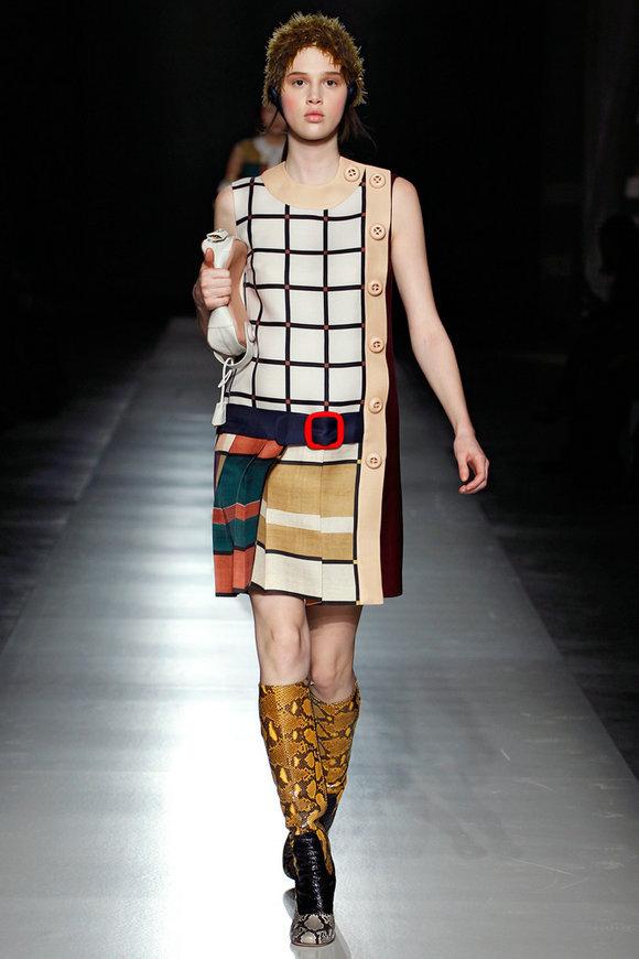 服装设计手绘图稿米兰