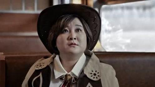 【贾玲宣传片】周五晚独播!贾玲变特工向王源打电话撒娇