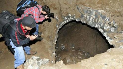 工地竟然挖出大黑洞,用灯一照惊现大铜鼎,专家曾经苦寻30年