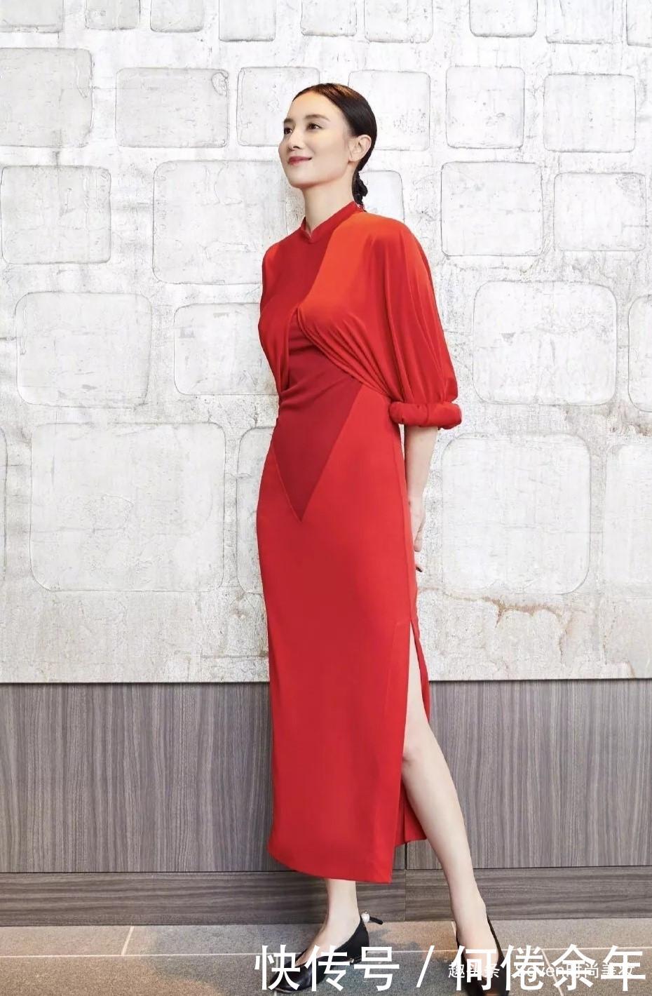 喜欢简约风装扮,就一定不要错过宋佳学穿搭,酷炫美丽优雅兼顾