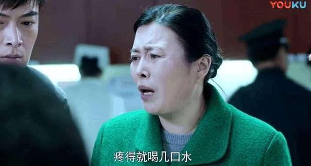 医疗剧又bug,《急诊科医生》道具细节配不上张嘉译、江珊的演技!