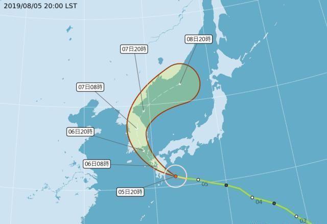 台风范斯高横扫日本九州!周三直扑韩国,气象专家:恐直接贯穿