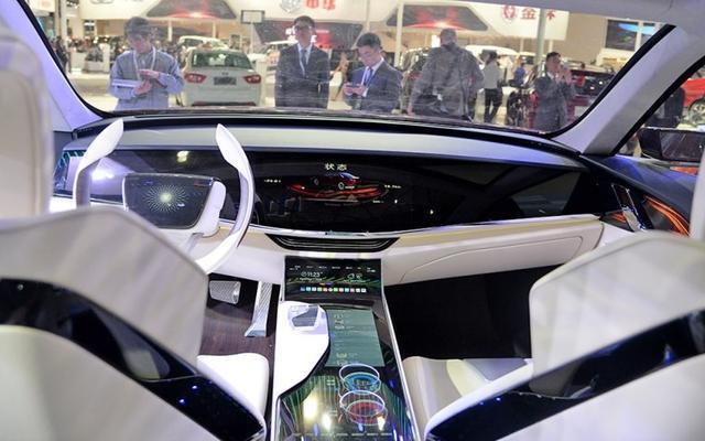 #红旗# 全车无按键,全玻璃车顶,崛起之路还远吗? 汽车 热图5