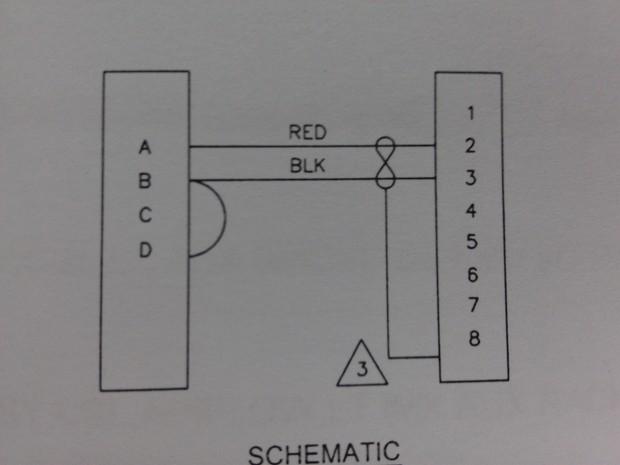 电路图中平行两根线之间有个横着8表示什么