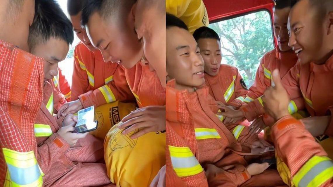 消防员查高考成绩队友紧张围观,画面十分暖心