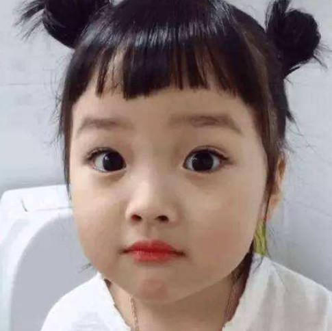 抖音最萌小胖子,撞脸韩国表情权律二?表情:你打不到我网友包图片