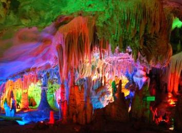 蓬莱仙洞风景区 是国家2a级风景名胜区