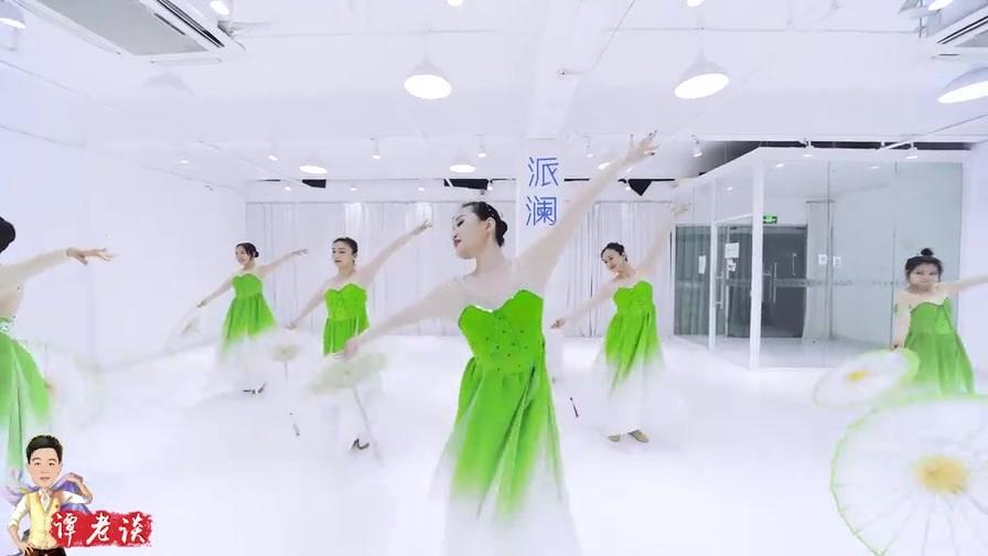 经典舞蹈《茉莉花开》,犹如一群精灵翩翩起舞,好仙好美!