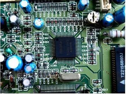 在集成电路设计领域,当前我国企业(包括展讯和联芯等)的手机芯片设计