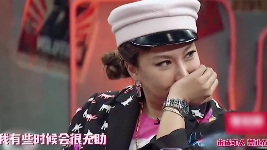 李菲儿和黄晓明分手后不如意,再次哭到泣不成声,黄晓明不心痛吗