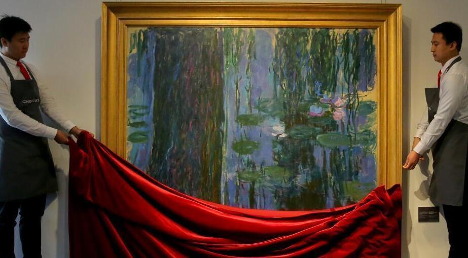 莫奈大尺幅油画《垂柳与睡莲池》在北京展出
