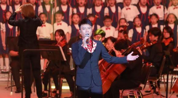 香港举行庆回归22周年晚会