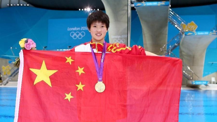 最年轻人大代表陈若琳:希望改变大家对90后的印象