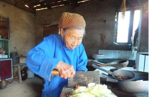 农村老母亲的一日三餐 - 周公乐 - xinhua8848 的博客