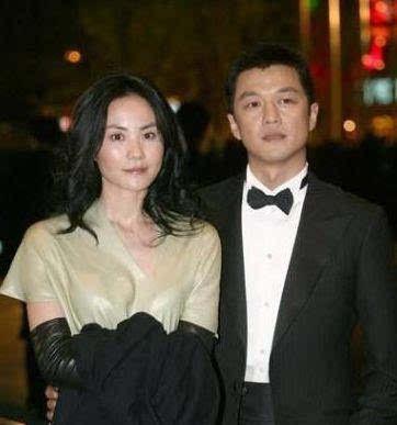 王菲13岁女儿和冯小刚29岁女儿,同患兔唇,差距就像天壤之别