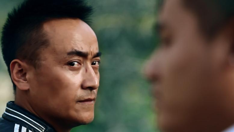 中国西部影片《逆路》5月19日上映导演闫学开衷情暴力美学