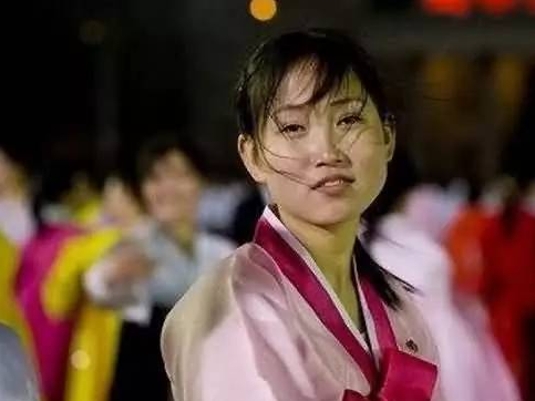 在封闭的朝鲜,那里的女孩是怎样的